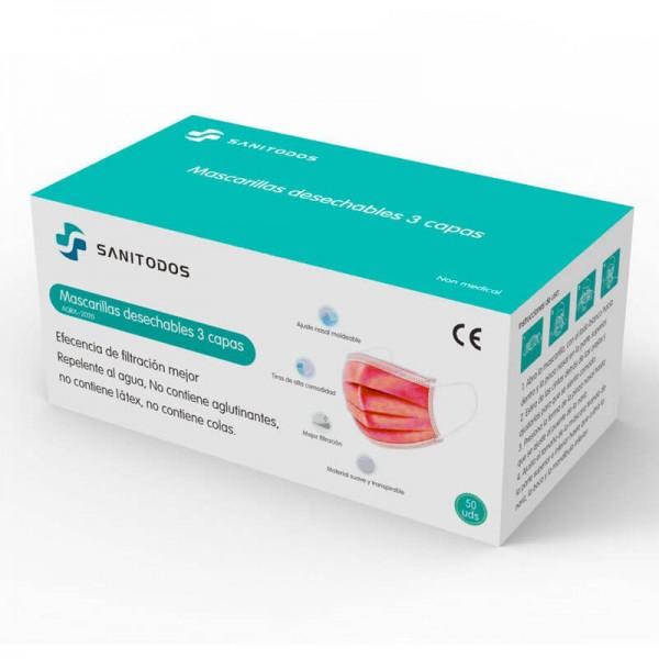 La mujer de la fotografía lleva puesta una mascarilla quirurgica azul homologada IIR fabricada con tela quirúrgica