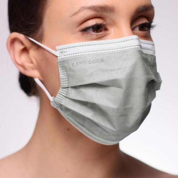 La siguiente fotografía muestra una mascarilla de protección respiratoria de color naranja